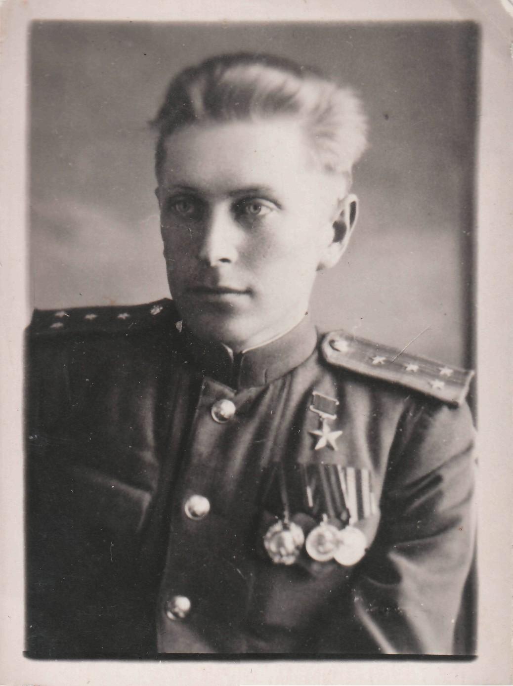 Урванцев Яков Ерофеевич (10. 12. 24-10.02.58)