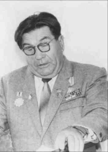 А. Д. Ширяев читает свои стихи